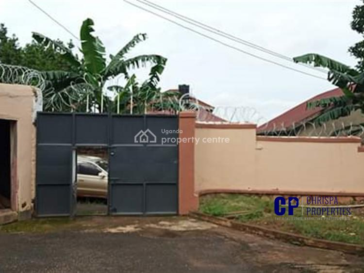4 Bedroom Town House, Seeta, Mukono, Central Region, Townhouse for Sale