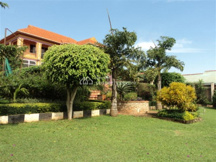 Amazing Beautiful 5 Bedroom House, Kitende, Wakiso, Central Region, House for Sale