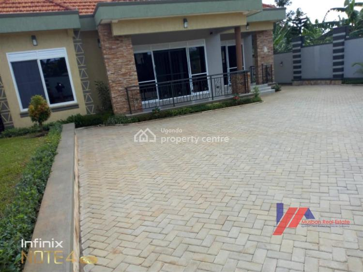 Luxurious House, Kitende, Wakiso, Central Region, Detached Bungalow for Sale