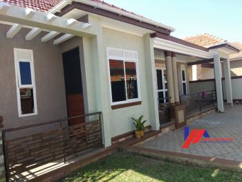 Semi Detached House, Kira Town, Wakiso, Central Region, Semi-detached Bungalow for Sale
