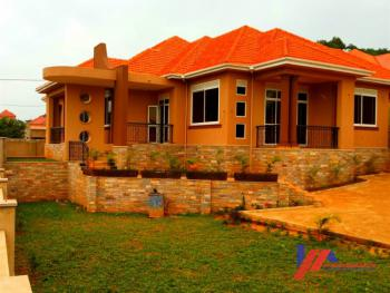 Castle on The Hill in Kira, Kira Town, Wakiso, Central Region, Detached Bungalow for Sale